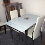 Γυάλινο τραπέζι ανοιγόμενο