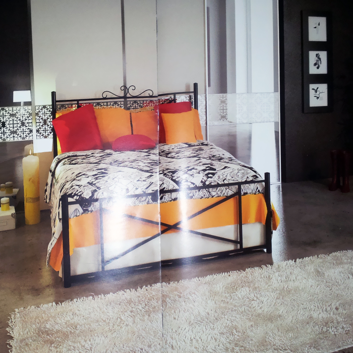 metal beds,_________ ________,_________ ________,iron beds